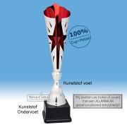 TC045.65MT - Zilverkleurige trofee met rode accenten en ster in kelk (in 3 hoogten van ± 45 t/m 49 cm - Prijs vanaf € 22,95 t/m € 28,95)